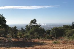Large plot with project with great sea views near...
